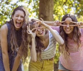 Sei stressata? Una serata con le amiche l'antidoto ideale!