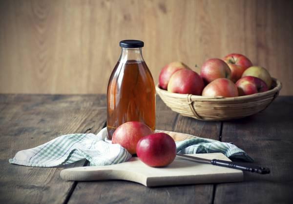 Cancro, succo di mela contrasta tumori grazie a polifenoli