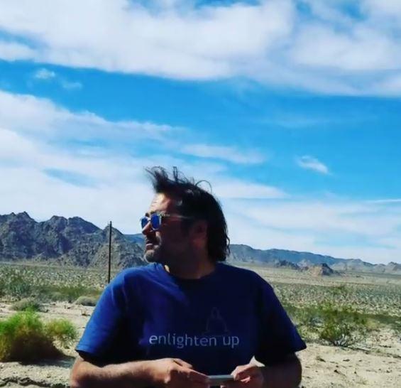 Romina Power e il figlio Yari nel deserto del Mojave VIDEO