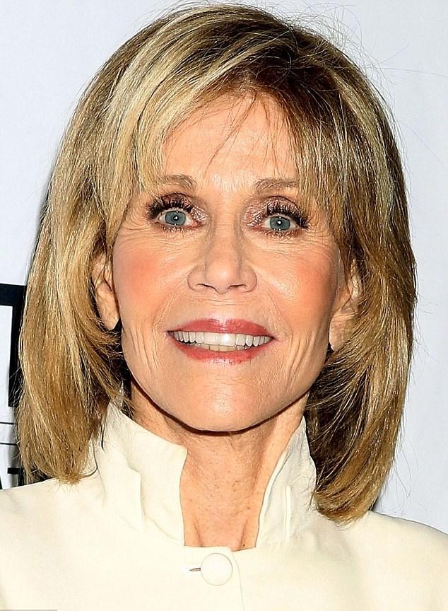 Jane Fonda in formissima dimostra molti meno anni1