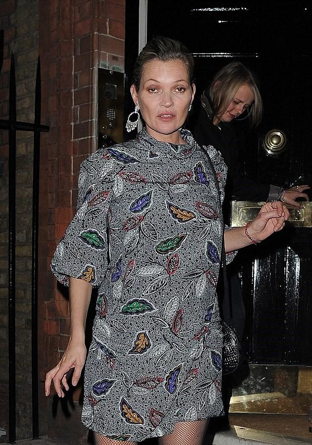 Kate Moss senza trucco: irriconoscibile e sfatta FOTO5