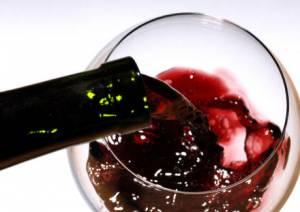 Ictus, un bicchiere di vino al giorno riduce il rischio