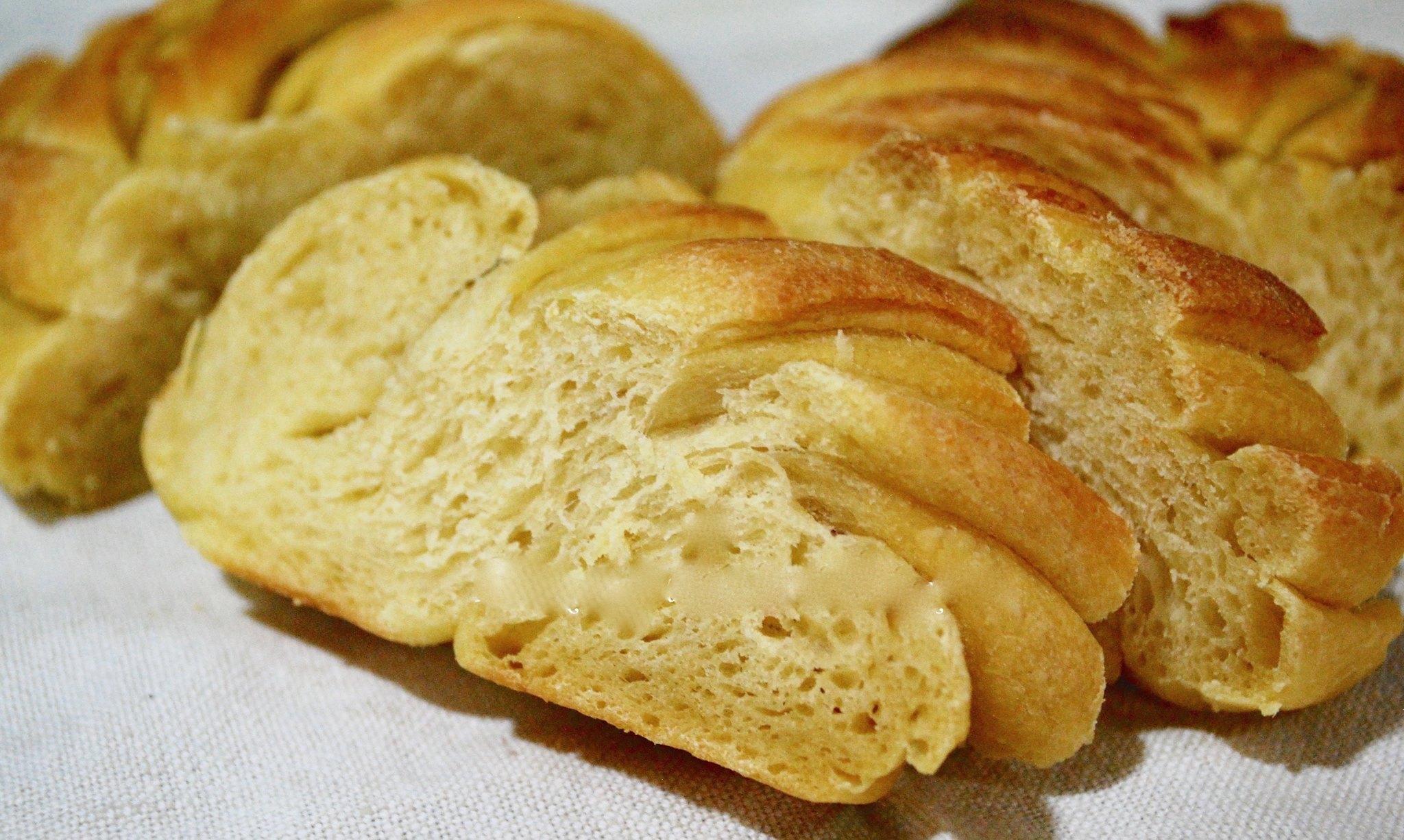 Pane all'Olio al profumo di Zafferano (lievitazione naturale)