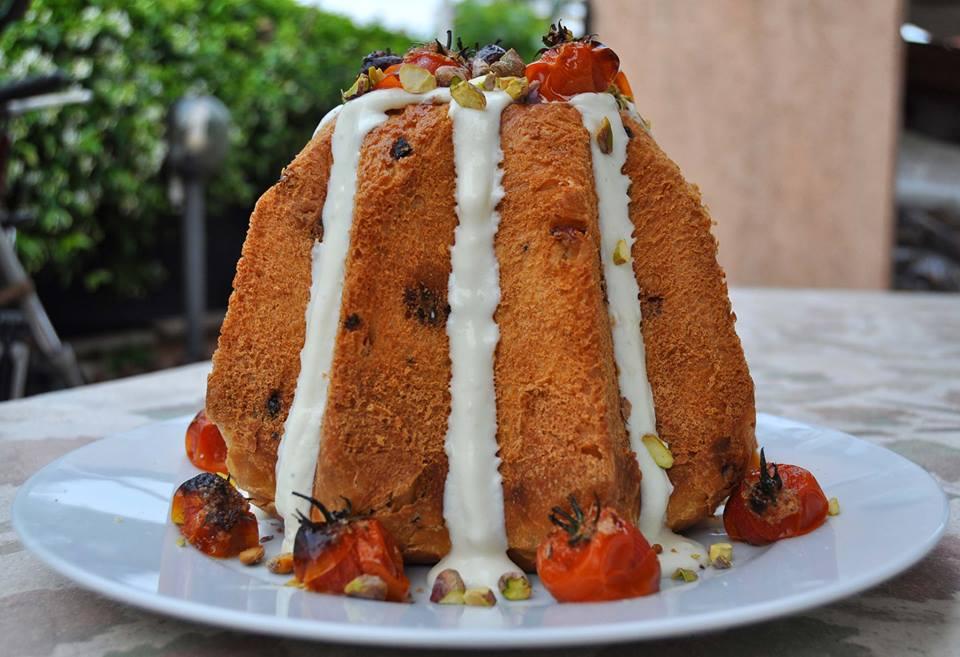 Speciale Natale: Pandoro Salato Mirtilli Rossi e Prosciutto