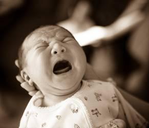 """Bambini """"orfani di terapia"""": quando le medicine mancano"""