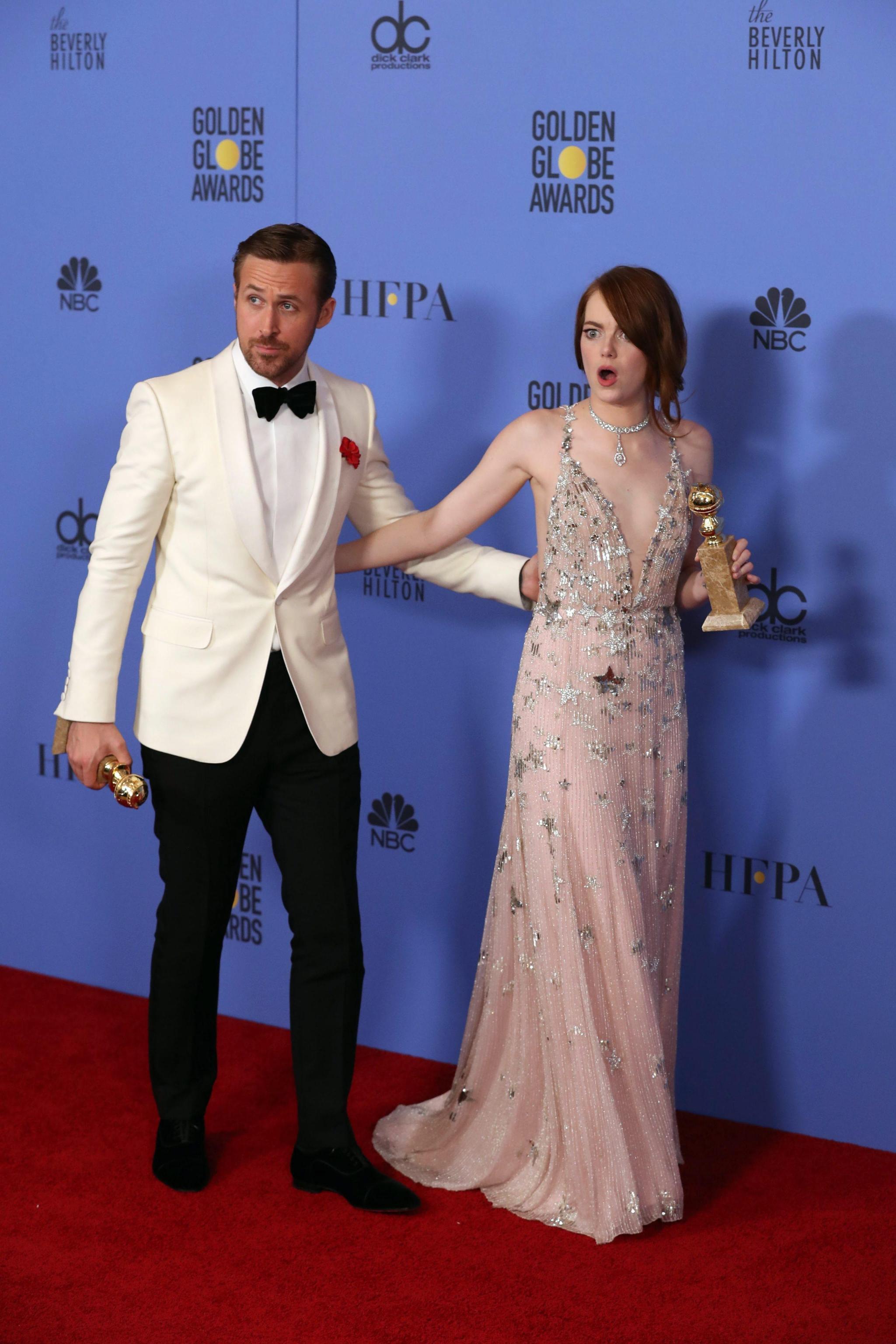 Emma Stone, abito firmato Valentino ai Golden Globe FOTO