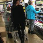 Angelina Jolie sempre più magra: look total black FOTO