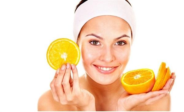 Vitamina C, segreto di bellezza: come e quando assumerla