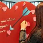 San Valentino con Poste Italiane: augura l'amore... così FOTO