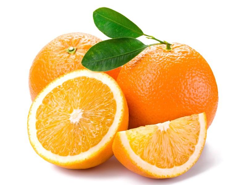 Cancro ai polmoni, arance e zucca riducono il rischio