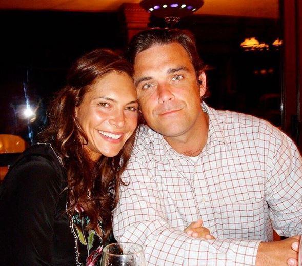 Robbie Williams sposato, moglie Ayda, età, figli FOTO 3
