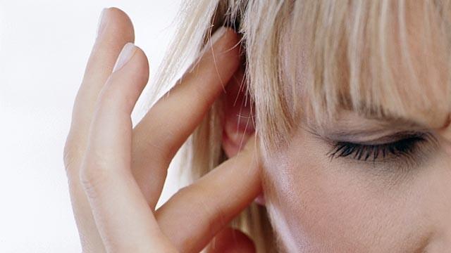 Acufeni e rumori nell'orecchio: cause e cure