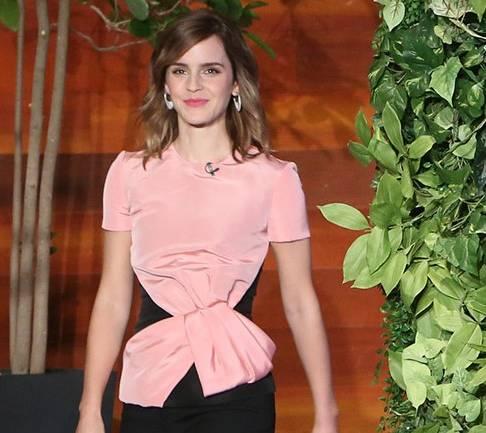 Emma Watson: impeccabile in Oscar de la Renta FOTO
