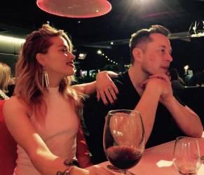 Amber Heard ha un nuovo amore: Elon Musk FOTO