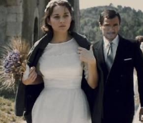 Marion Cotillard protagonista di 'Mal di pietre', tratto dal romanzo di Milena Agus