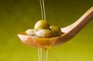 Dieta troppo grassa? Olio di oliva protegge dai danni