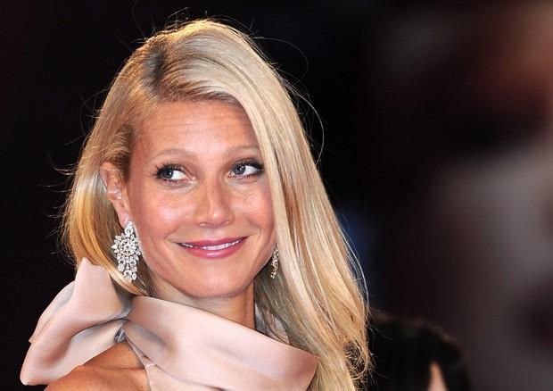 """Gwyneth Paltrow: """"Depressione e insonnia si curano così"""""""