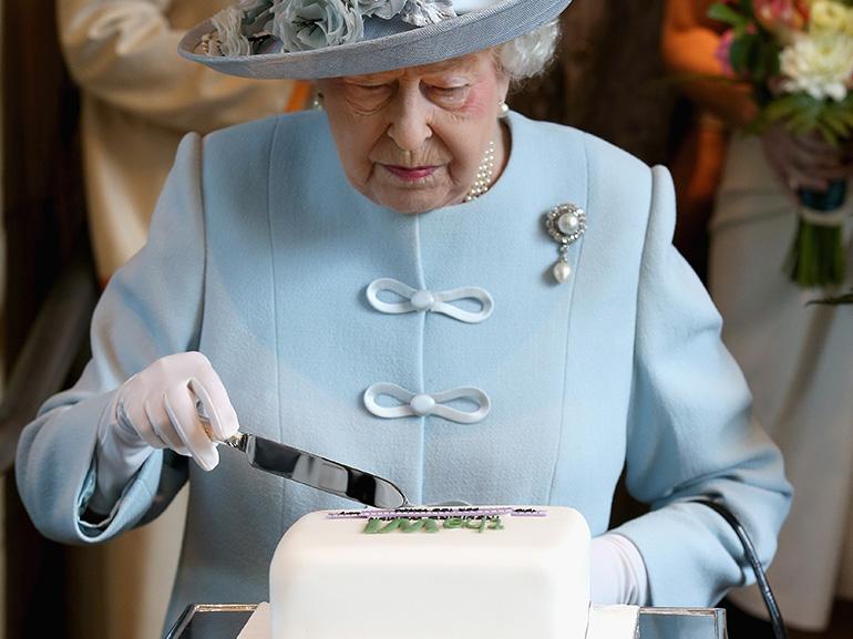 Regina Elisabetta: i 3 alimenti che si rifiuta di mangiare