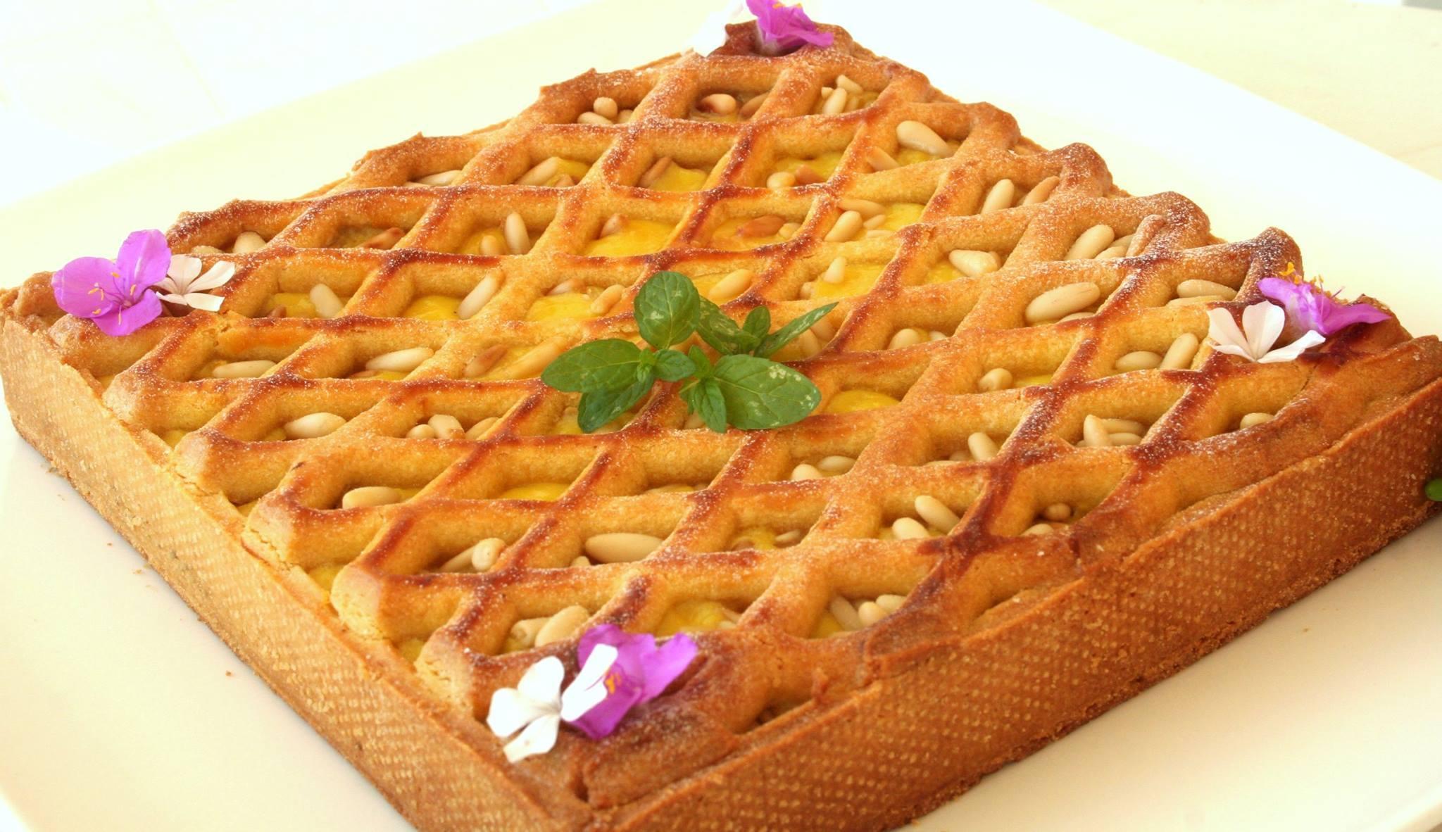 Torta della Nonna innovativa ispirata a Massari e Montersino