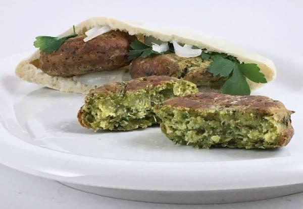 Falafel con salsa Hummus e Tzatzichi