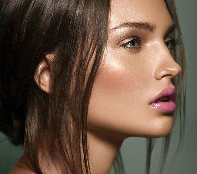 Make up, glowing atletico nuova tendenza: ecco cos'è