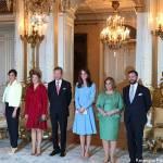 Kate Middleton, Brigitte e Melania: celeste colore del potere FOTO