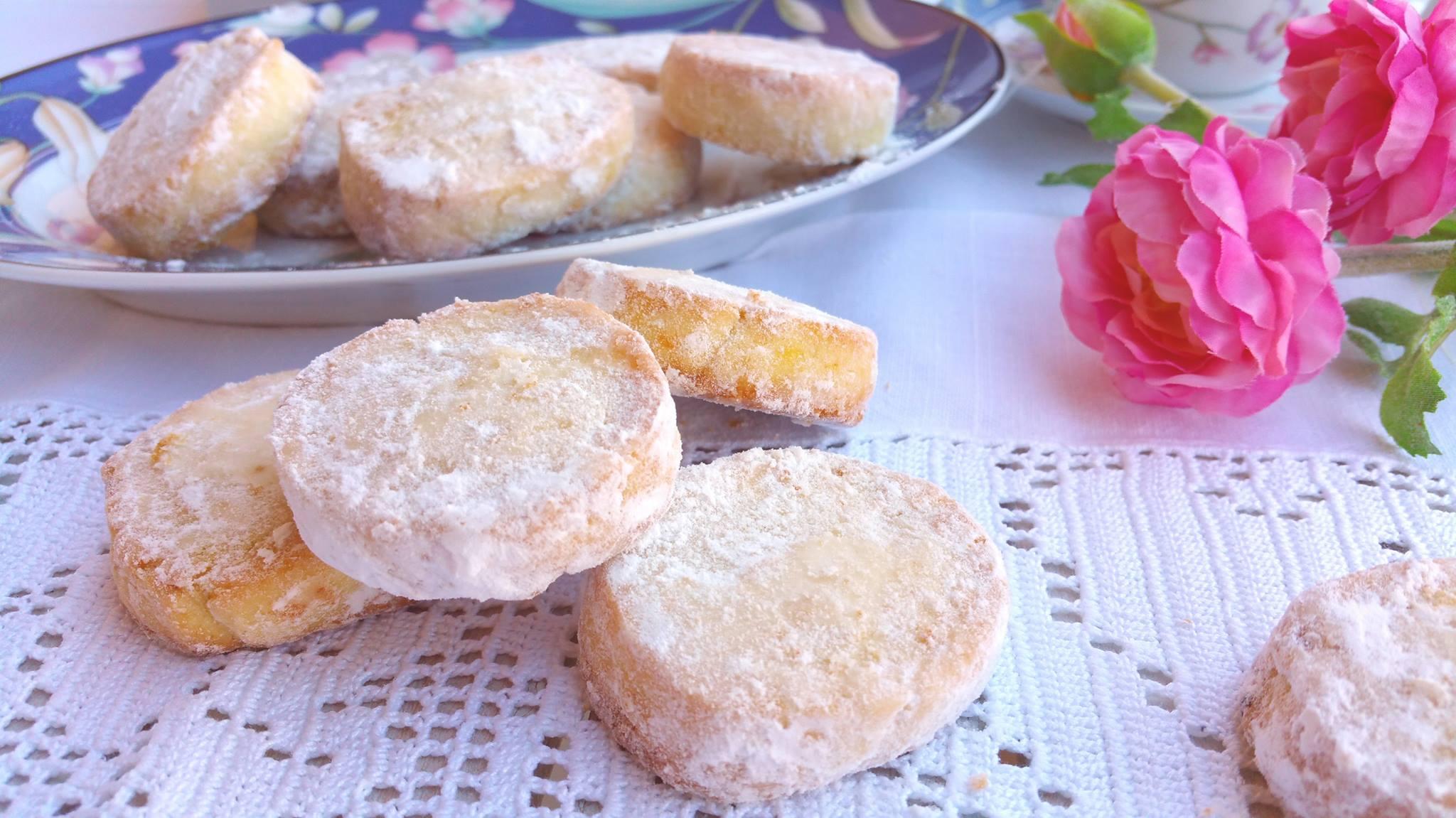 Lemon Meltaways, i tipici biscottini inglesi al limone