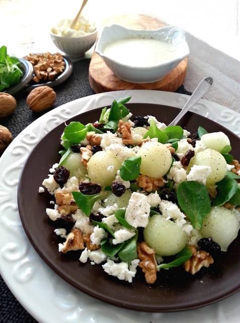 Feta Salad con Noci, Uvetta e Melone bianco