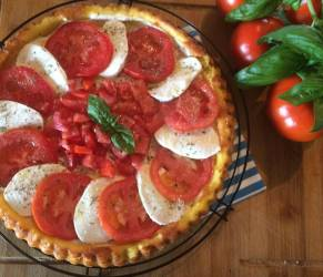 Crostata morbida Caprese... Un fresco piatto per l'estate