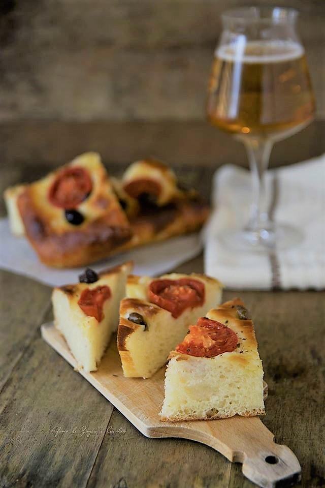 Focaccia Barese... lo Street Food made in Puglia
