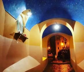 Romina Power, vacanze a Roma: quell'angolo misterioso... FOTO