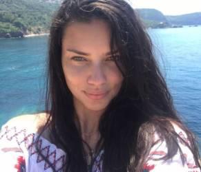 Adriana Lima: il nuovo amore è lo scrittore turco Metin Hara