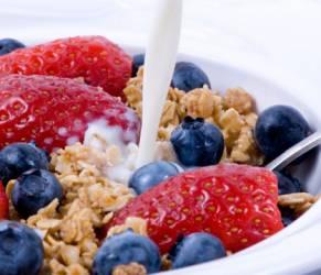 Dimagrire, colazione abbondante aiuta a perdere peso