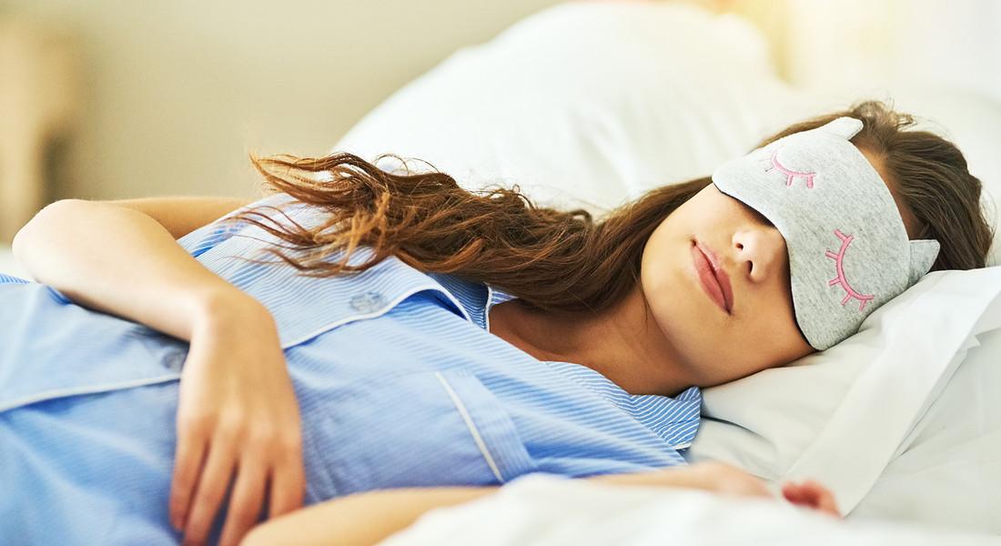 Perché dormire sulla parte sinistra del corpo fa bene alla salute