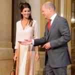 Juliana Awada, la first lady argentina lancia la gonna plissettata