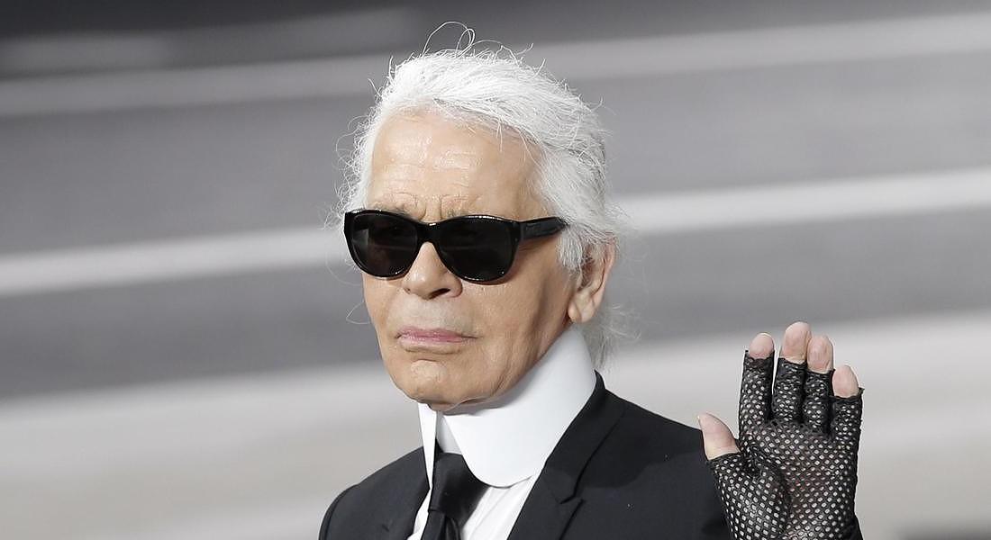Karl Lagerfeld è morto: addio a una leggenda del fashion