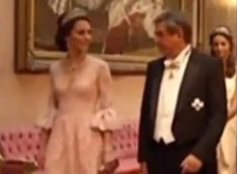 Kate Middleton sfida Letizia Ortiz: abito Marchesa e tiara VIDEO