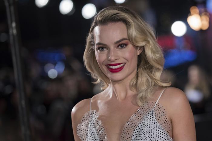 L'ottima idea di Margot Robbie: non chiedere alle donne quando faranno un figlio