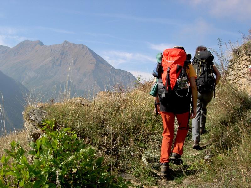 Camminare in montagna fa bene al cuore e riduce l'ansia