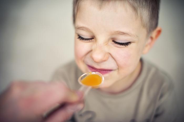 Raffreddore, un genitore su due usa metodi senza prova che funzionino