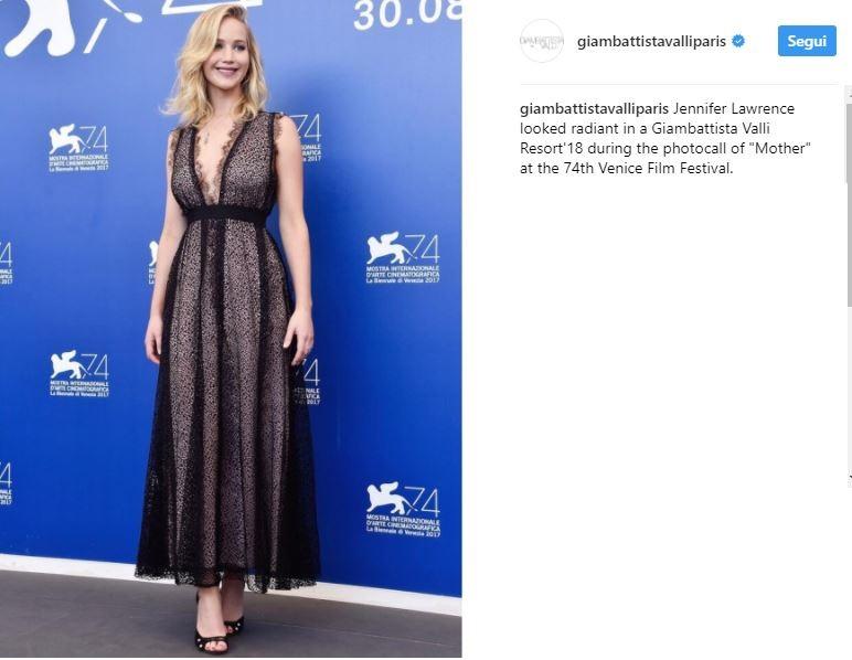 Charlotte Casiraghi, Jennifer Lawrence: look Giambattista Valli