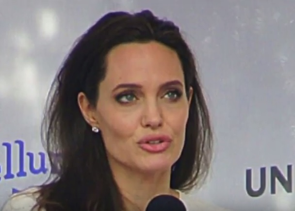 "Angelina Jolie: ""Mi sorprende essere ancora viva"""