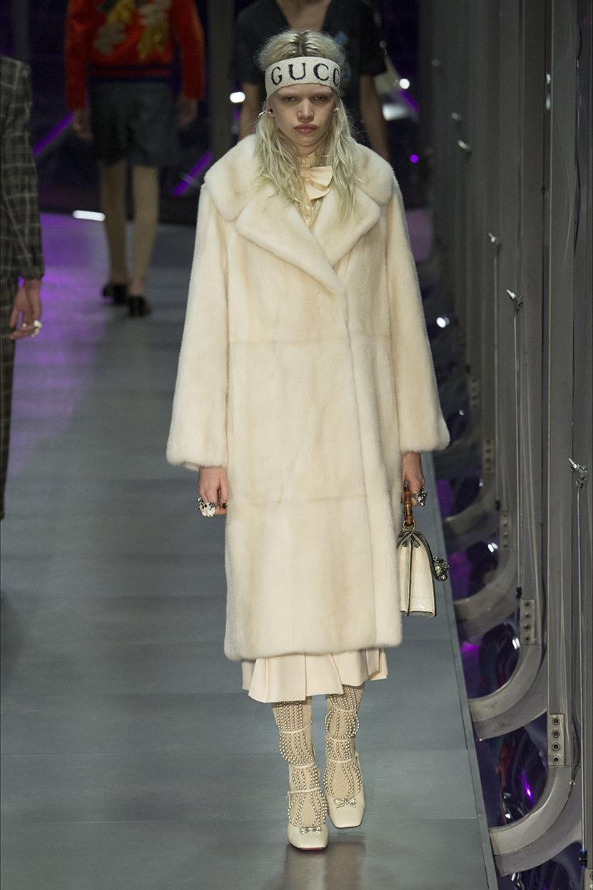 Gucci Cruise: look romantico per le nuove borse FOTO