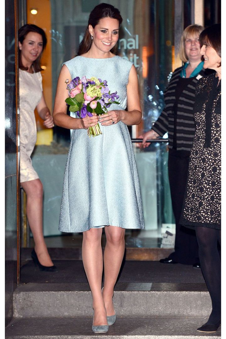 Kate Middleton, 25 look premaman chic da copiare FOTO