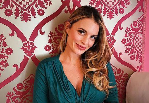 Ramona Amodeo è diventata mamma. L'ex tronista di Uomini e Donne ha rivelato la nascita della piccolaAnnachiara. Il padre è marito Luca Cicia.