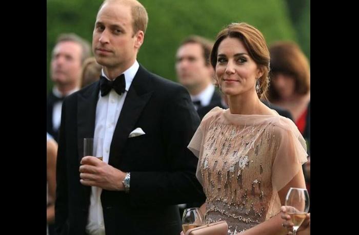 Kate Middleton, il suo segreto? L'accessorio da 1 sterlina FOTO