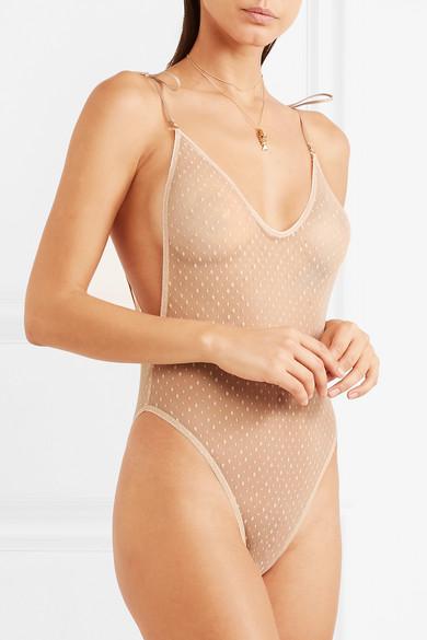 San Valentino: rendilo piccante con questa lingerie! FOTO
