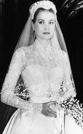 Charlotte Casiraghi, chi potrebbe ispirarla per l'abito da sposa?