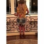 Britney Spears balla con un look da cowboy alla Daisy Dukes4