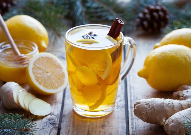 Dieta detox: il succo che sgonfia e depura, la ricetta